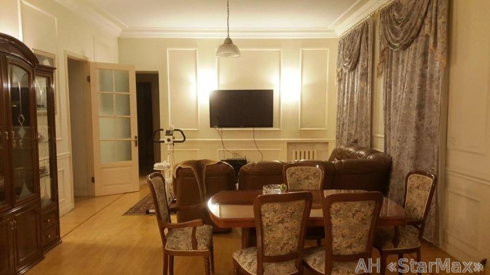 Продам квартиру Киев, Эспланадная ул.