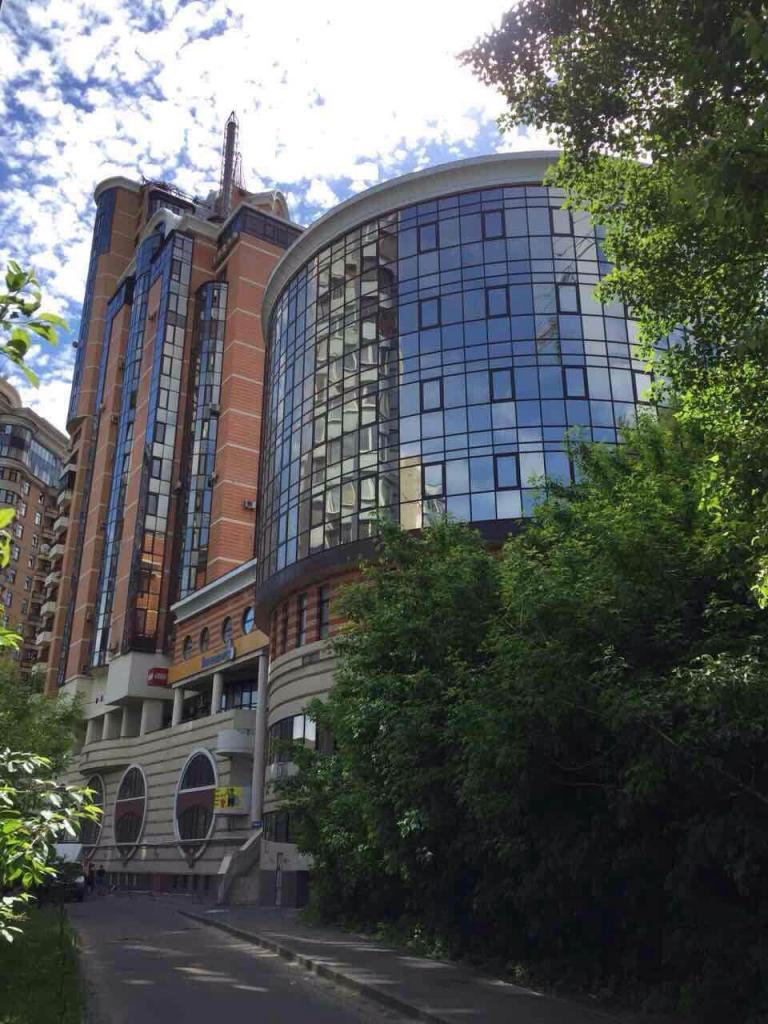 Продам отдельно стоящий офис Киев, Старонаводницкая ул.