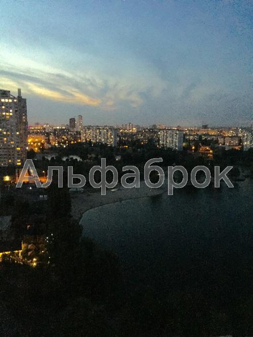 Продам квартиру Киев, Шумского Юрия ул. 3