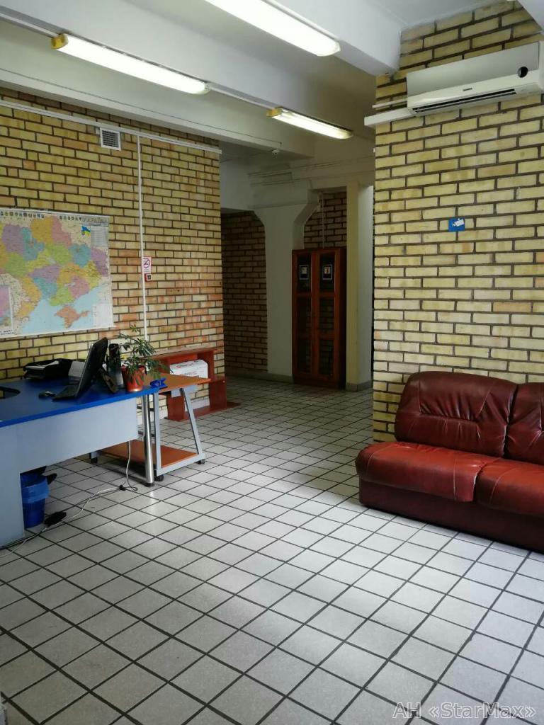 Сдам офис в офисном центре Киев, Сурикова ул. 2