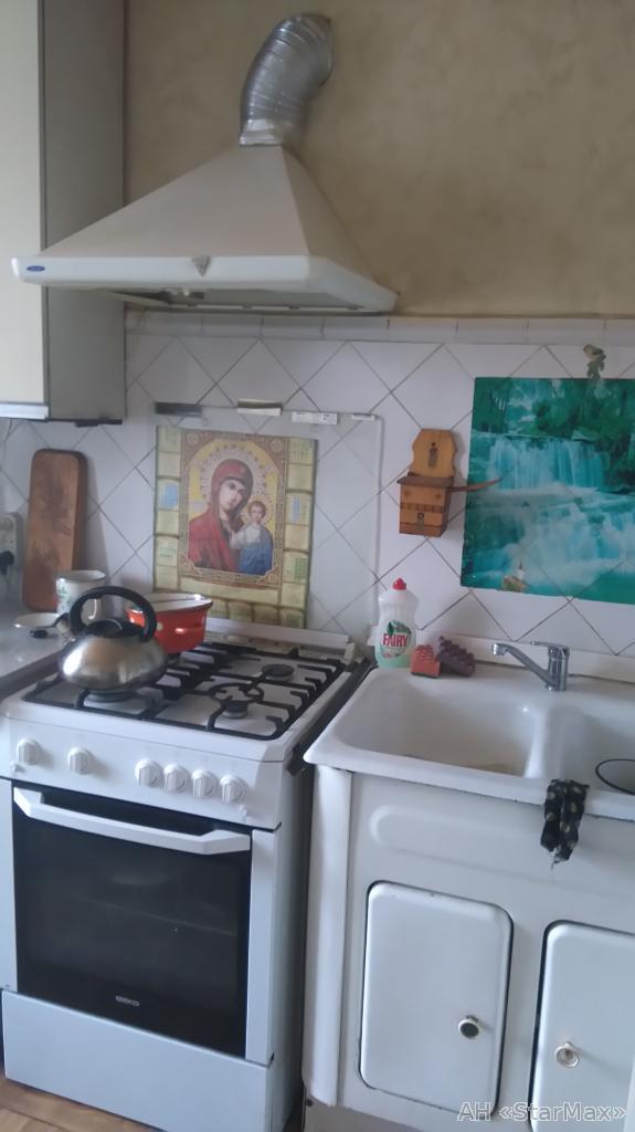 Продам квартиру Киев, Уссурийская ул. 5