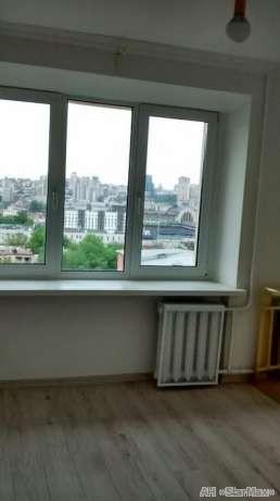 Продам квартиру Киев, Стадионная ул. 2