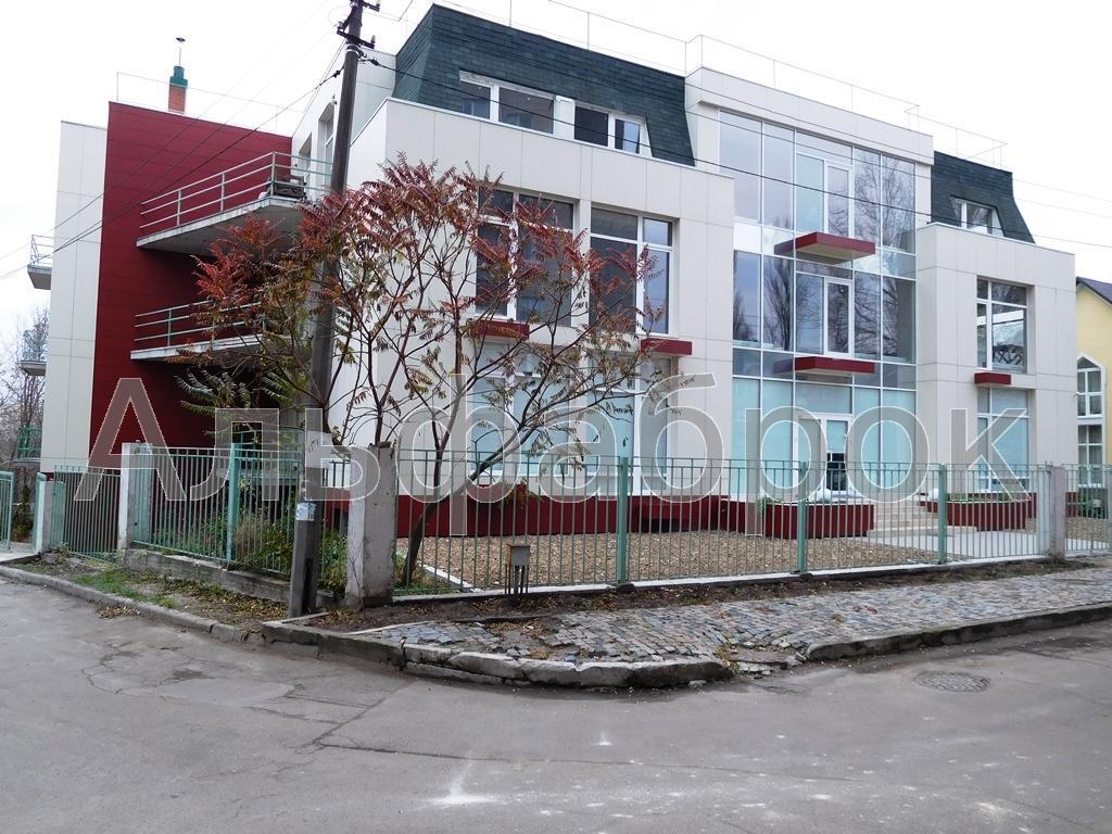 Продам офисное здание Киев, Менделеева ул.