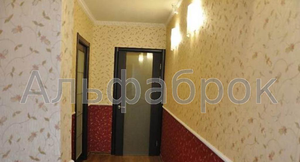 Продам квартиру Киев, Бориспольская ул. 2
