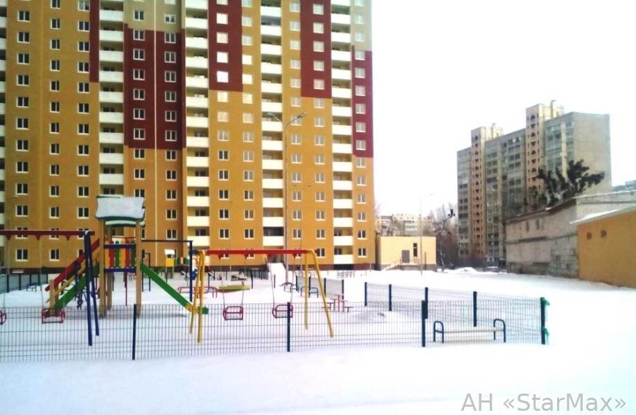 Фото 2 - Продам квартиру Киев, Данченко Сергея ул.