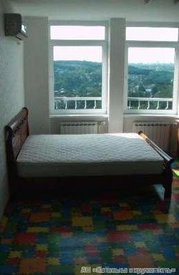 Продам квартиру Киев, Науки пр-т 3