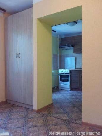 Фото 2 - Продам гостинку Киев, Воссоединения пр-т