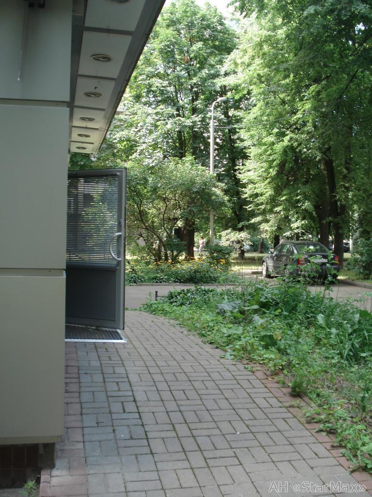 Продам офисное помещение Киев, Суворова ул. 3