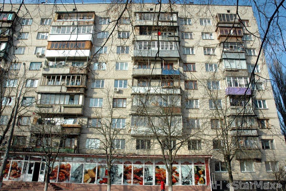 Фото 2 - Продам квартиру Киев, Молодогвардейская ул.