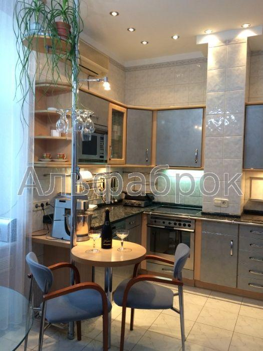 Продам квартиру Киев, Андреевский спуск