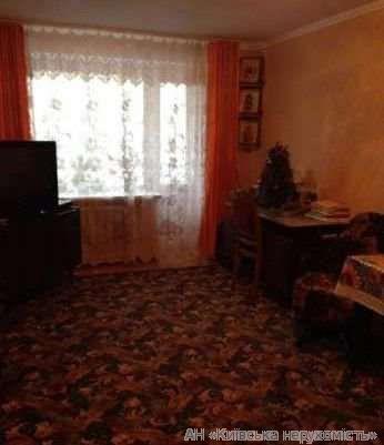 Продам квартиру Киев, Московская ул. 2
