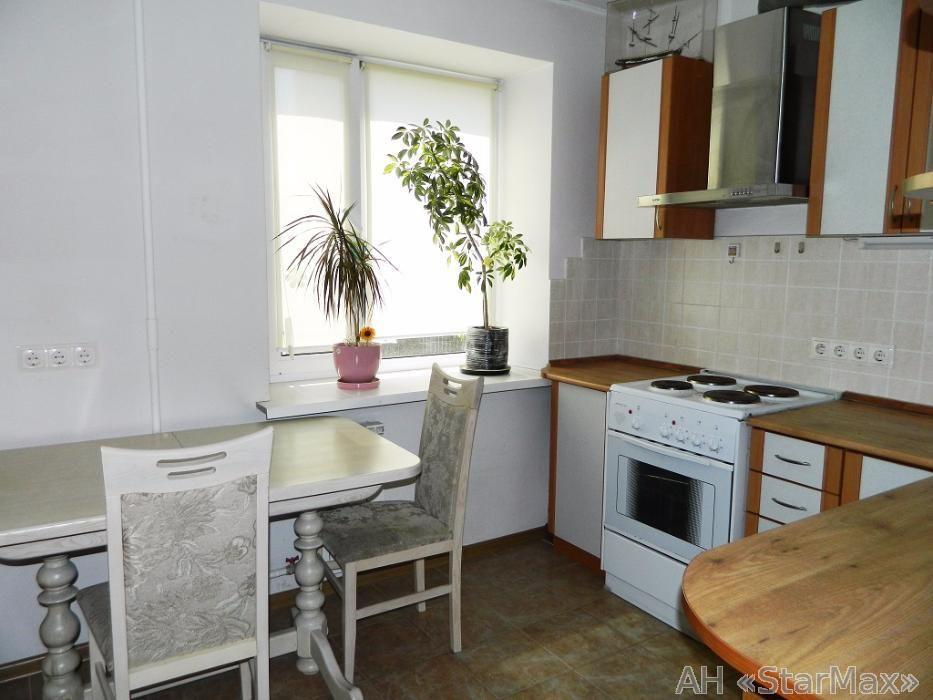 Продам квартиру Киев, Славгородская ул.