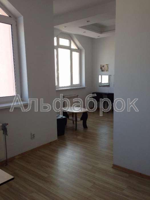 Продам офисное помещение Киев, Красногвардейская ул.