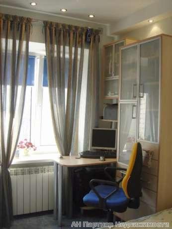 Фото 2 - Продам квартиру Киев, Цитадельная ул.