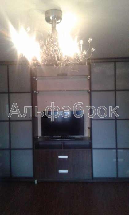Продам квартиру Киев, Челябинская ул. 3
