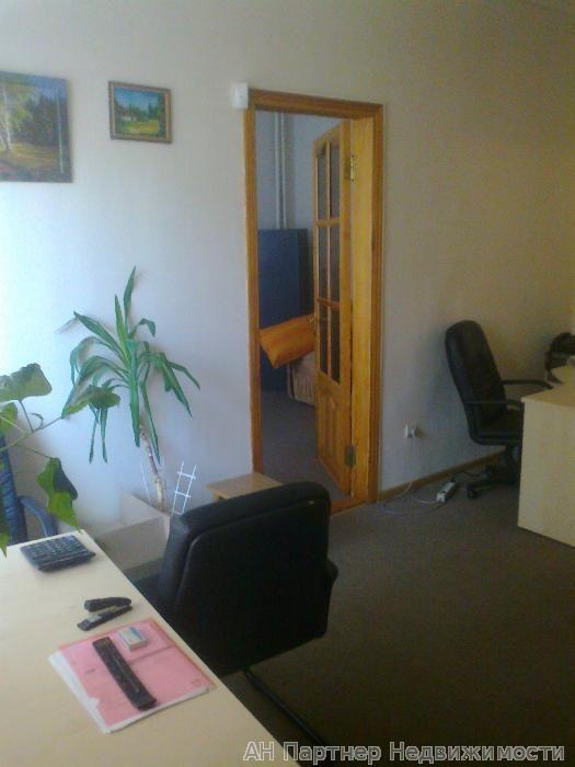 Продам офисное помещение Киев, В'ячеслава Липинського вул. 4