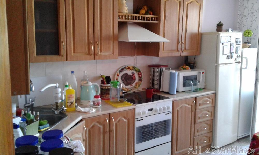 Продам квартиру Киев, Новопироговская ул.