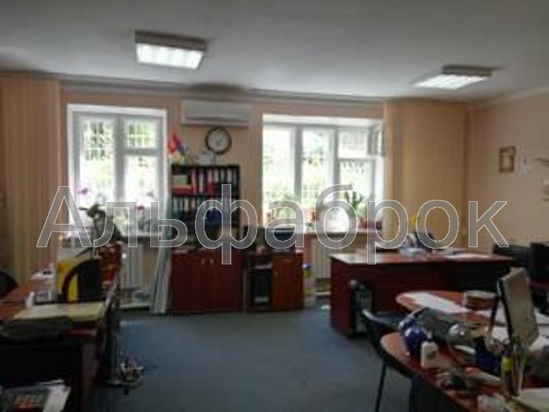 Продам офис в многоквартирном доме Киев, Зоологическая ул.