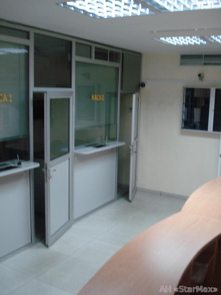 Продам офисное помещение Киев, Суворова ул.