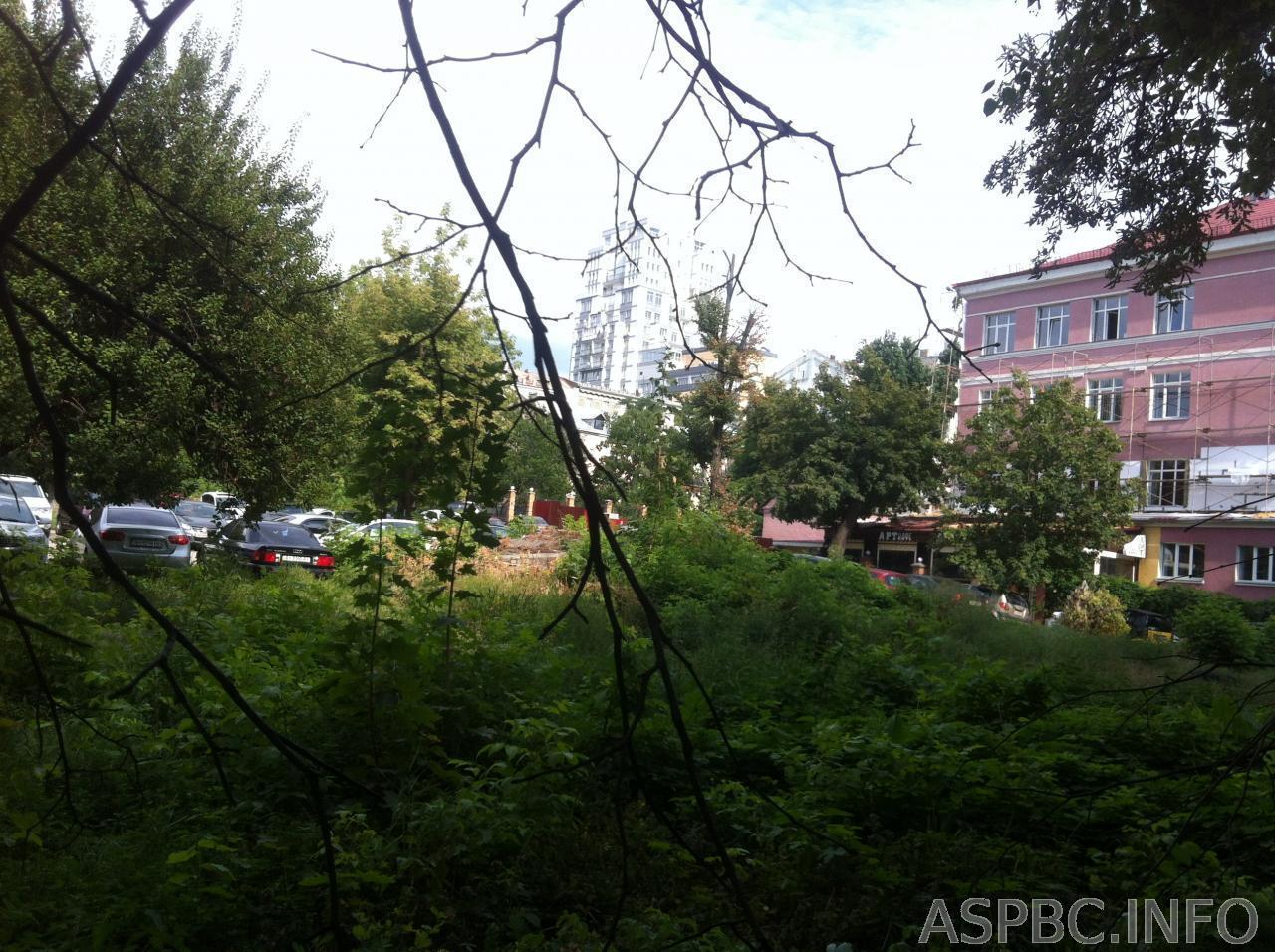 Фото 2 - Продам участок под застройку жилой недвижимости Киев, Жилянская ул.