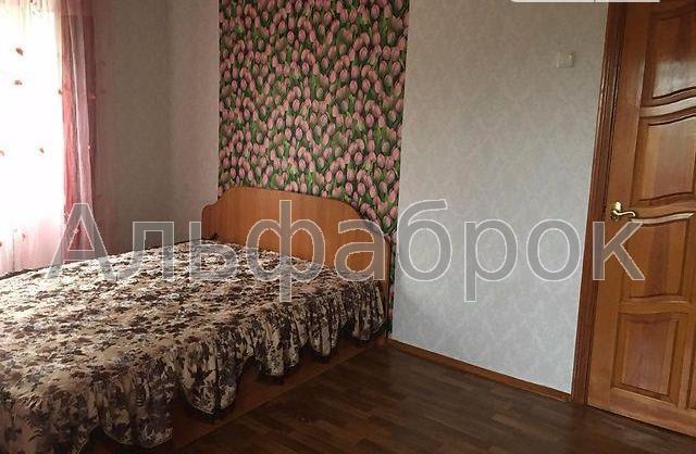 Продам квартиру Киев, Курчатова Академика ул. 4