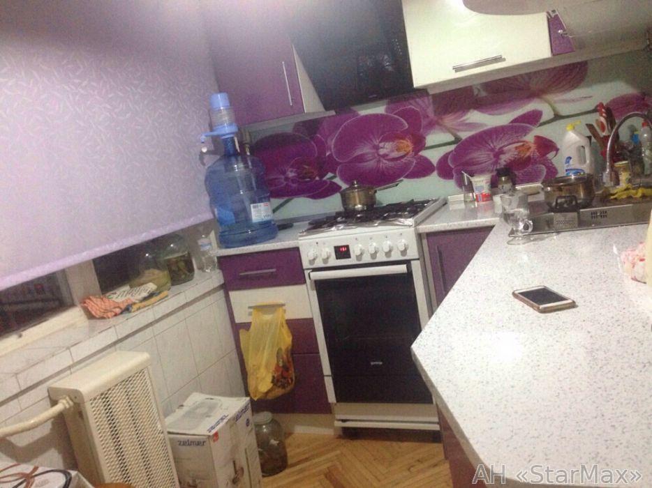 Продам квартиру Киев, Березняковская ул. 4