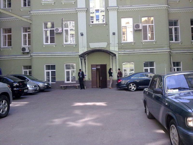 Продам офис в офисном центре Киев, Хмельницкого Богдана ул.