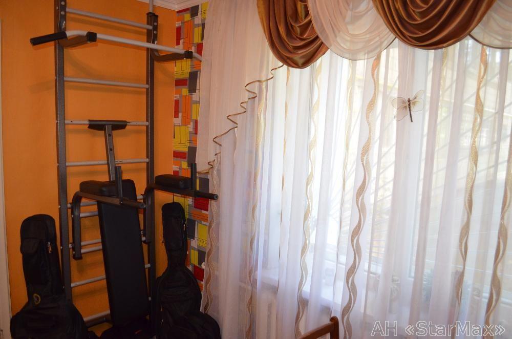 Продам квартиру Киев, Янгеля Академика ул. 5