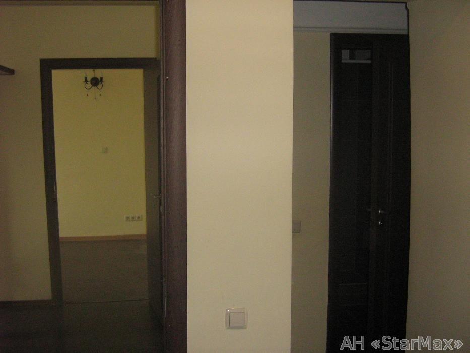 Сдам офис в многоквартирном доме Киев, Ярославов Вал ул. 2