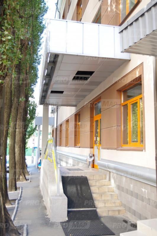 Продам офисное здание Киев, Глубочицкая ул. 3