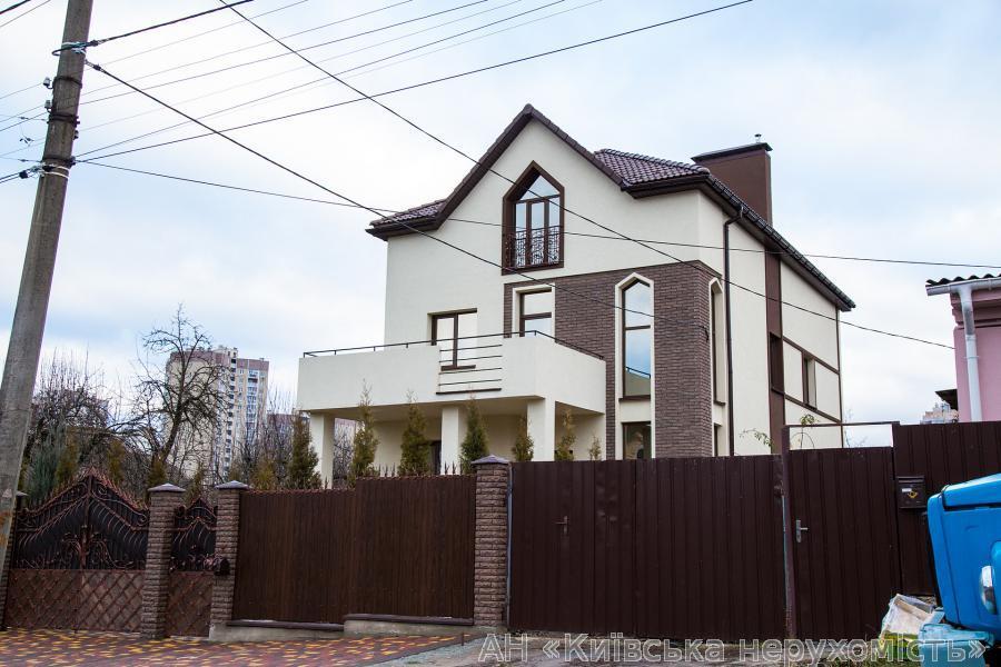 Продам дом Киев, Патриотов ул.