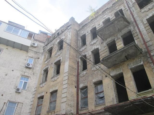 Продам нежилую недвижимость Киев, Контрактовая пл. 5