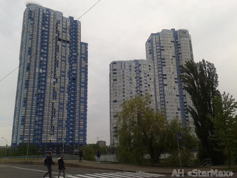 Фото 3 - Продам квартиру Киев, Воссоединения пр-т
