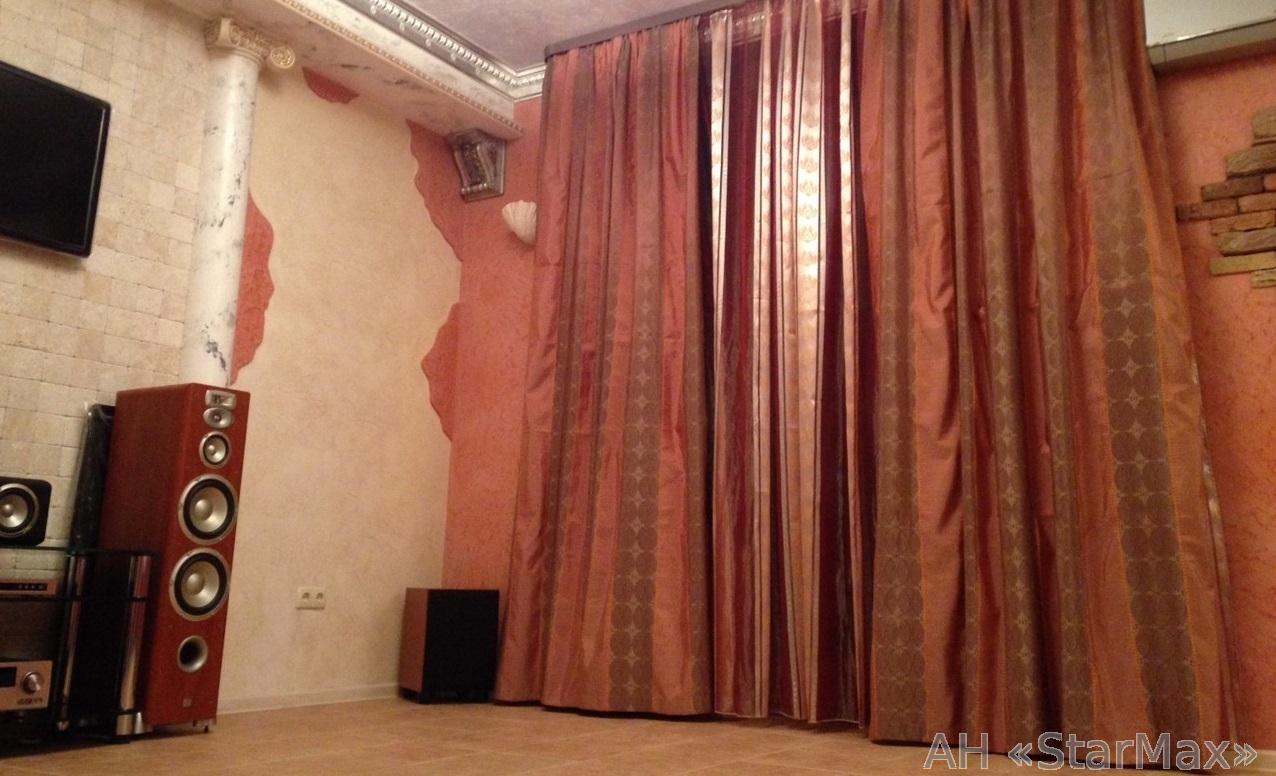 Продам квартиру Киев, Жилянская ул. 3