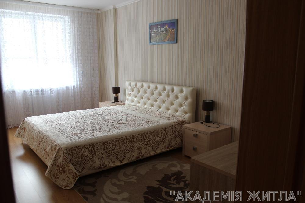 Сдам квартиру Киев, Полтавская ул.