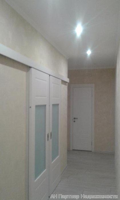 Продам квартиру Киев, Драгоманова ул. 5