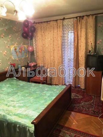 Продам квартиру Киев, Энтузиастов ул. 2