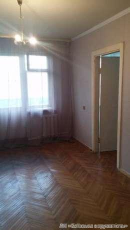 Продам квартиру Киев, Метростроевская ул. 5
