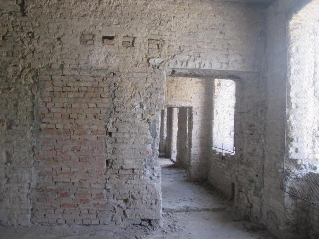 Продам нежилую недвижимость Киев, Контрактовая пл. 2