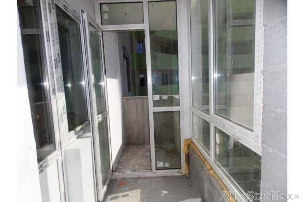 Продам квартиру Киев, Донца Михаила ул. 5