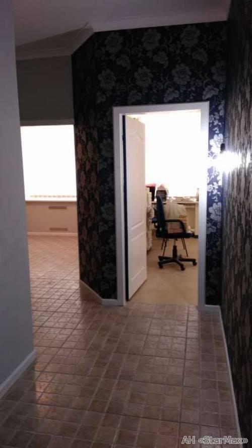 Продам офис в многоквартирном доме Киев, Обсерваторная ул.