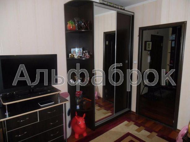 Продам квартиру Киев, Ревуцкого ул.