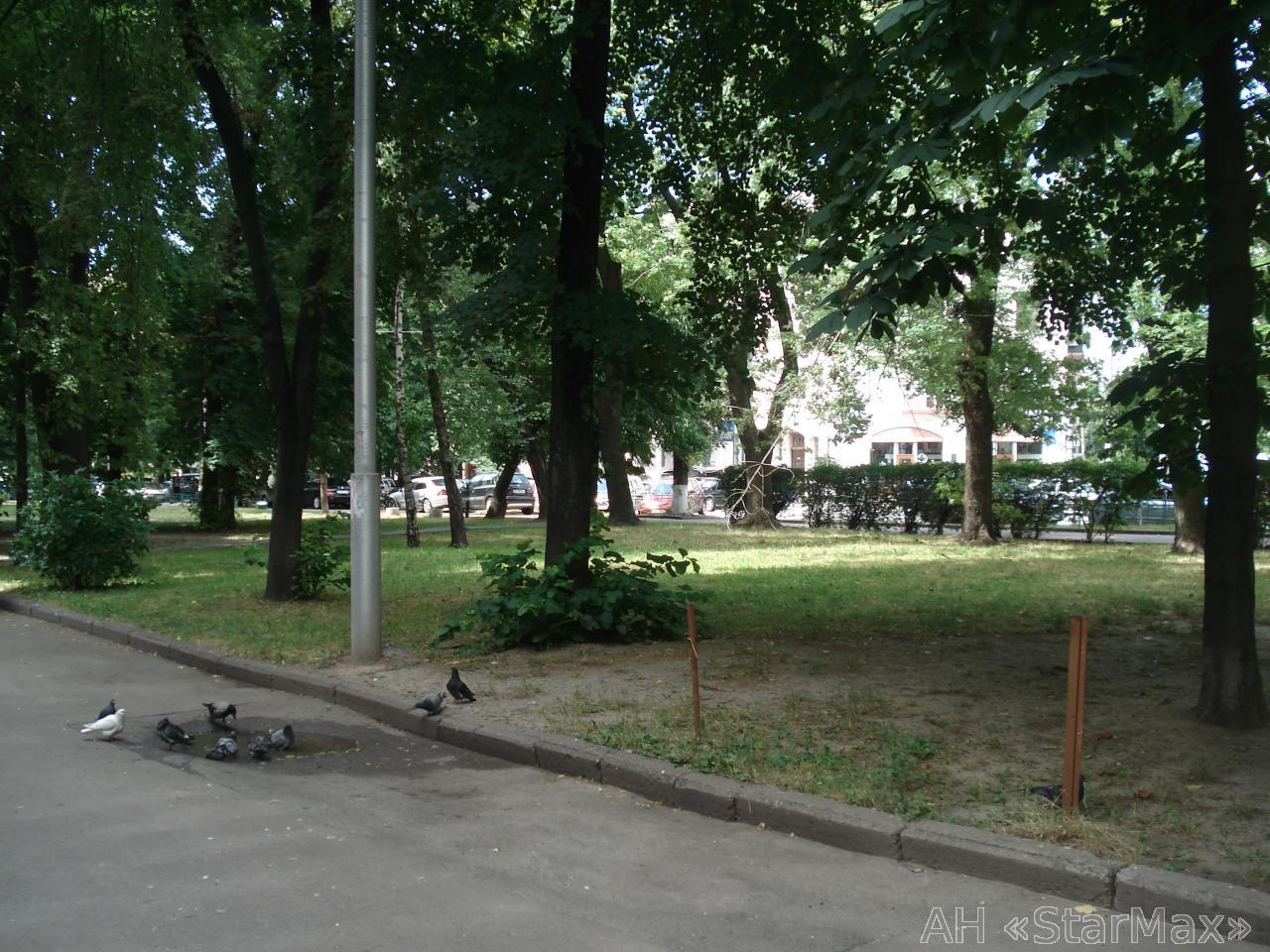 Продам офисное помещение Киев, Суворова ул. 4