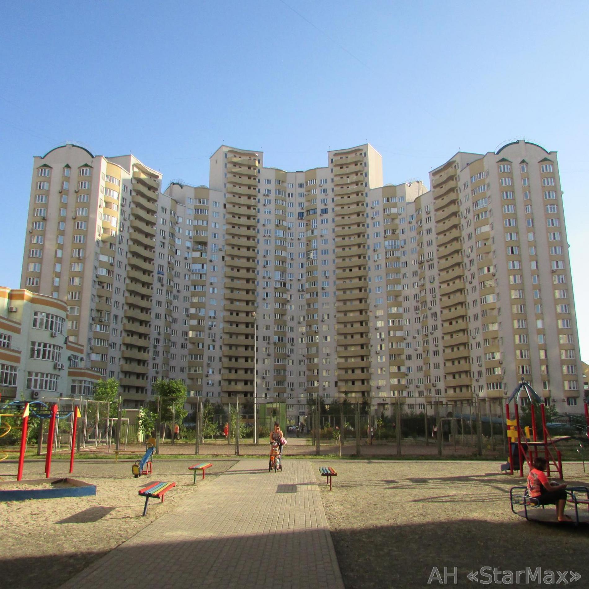 Фото 3 - Продам квартиру Киев, Днепровская наб.