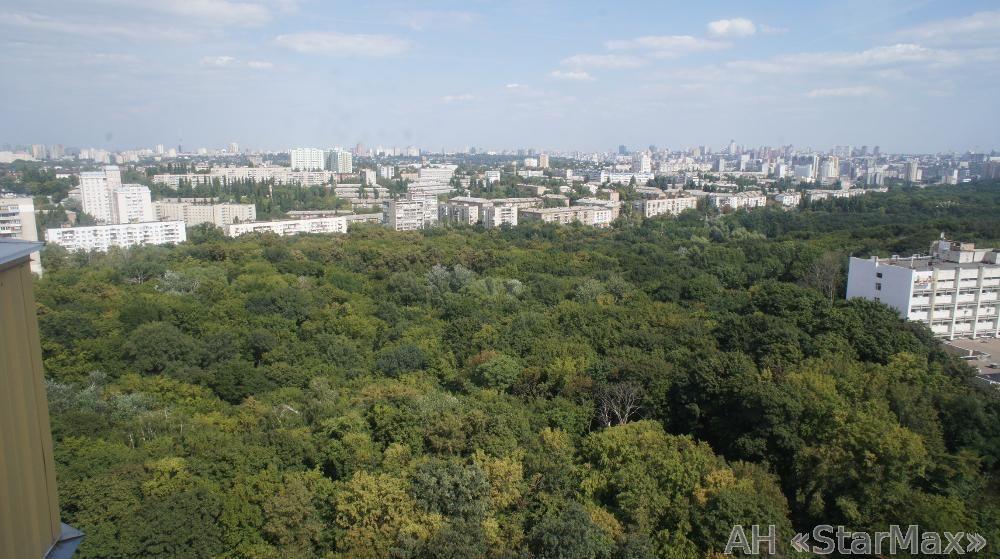 Продам квартиру Киев, Героев Обороны ул. 3