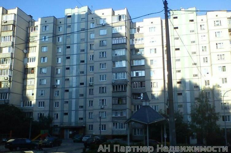 Продам квартиру Киев, Печенежская ул.