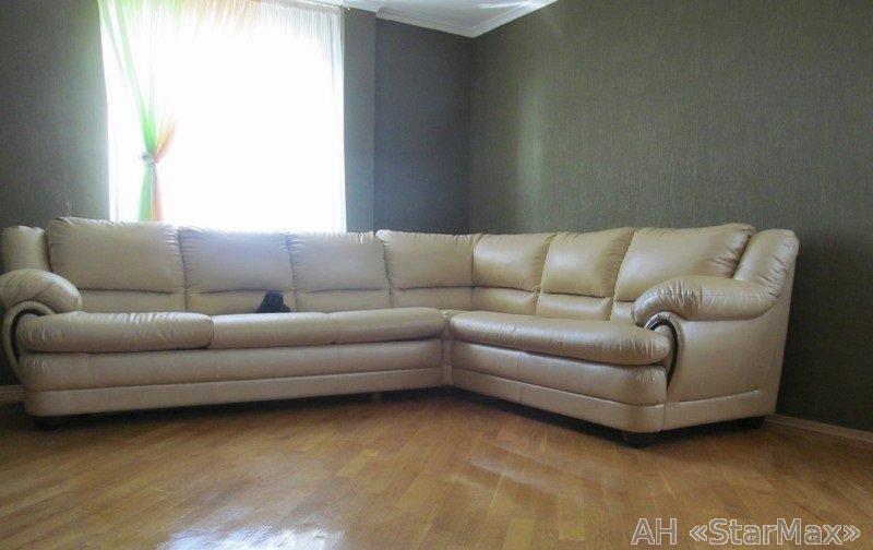 Продам квартиру Киев, Дарницкий бул. 3