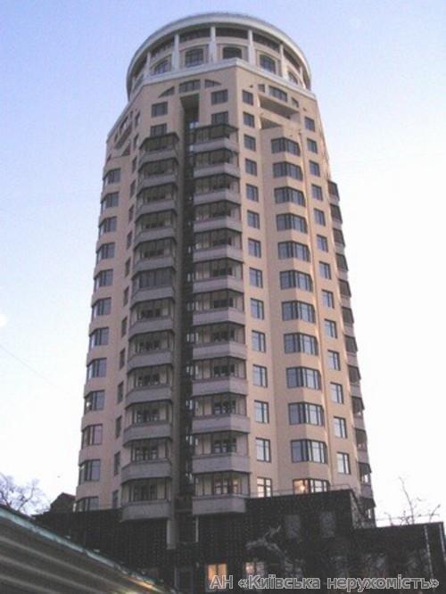 Фото 2 - Продам квартиру Киев, Нестеровский пер.