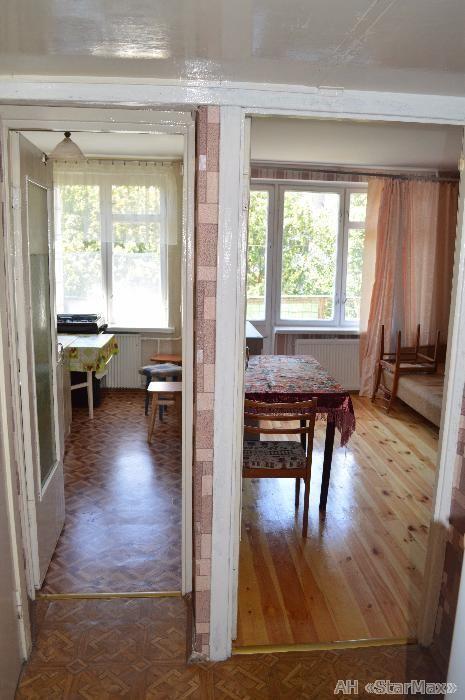 Продам гостинку Киев, Пироговского Александра ул. 2