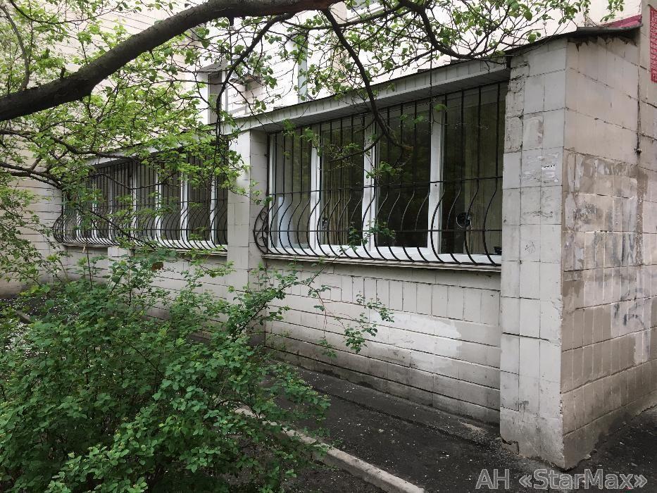 Продам квартиру Киев, Предславинская ул. 3